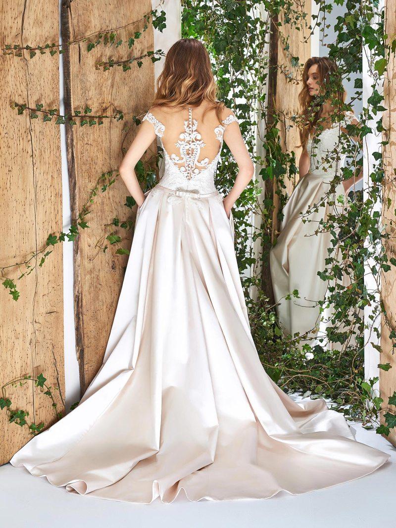 1825L-wedding-dress-back