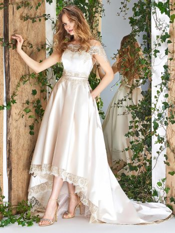 High-low skirt wedding dress with scalloped lace hemline and side pockets