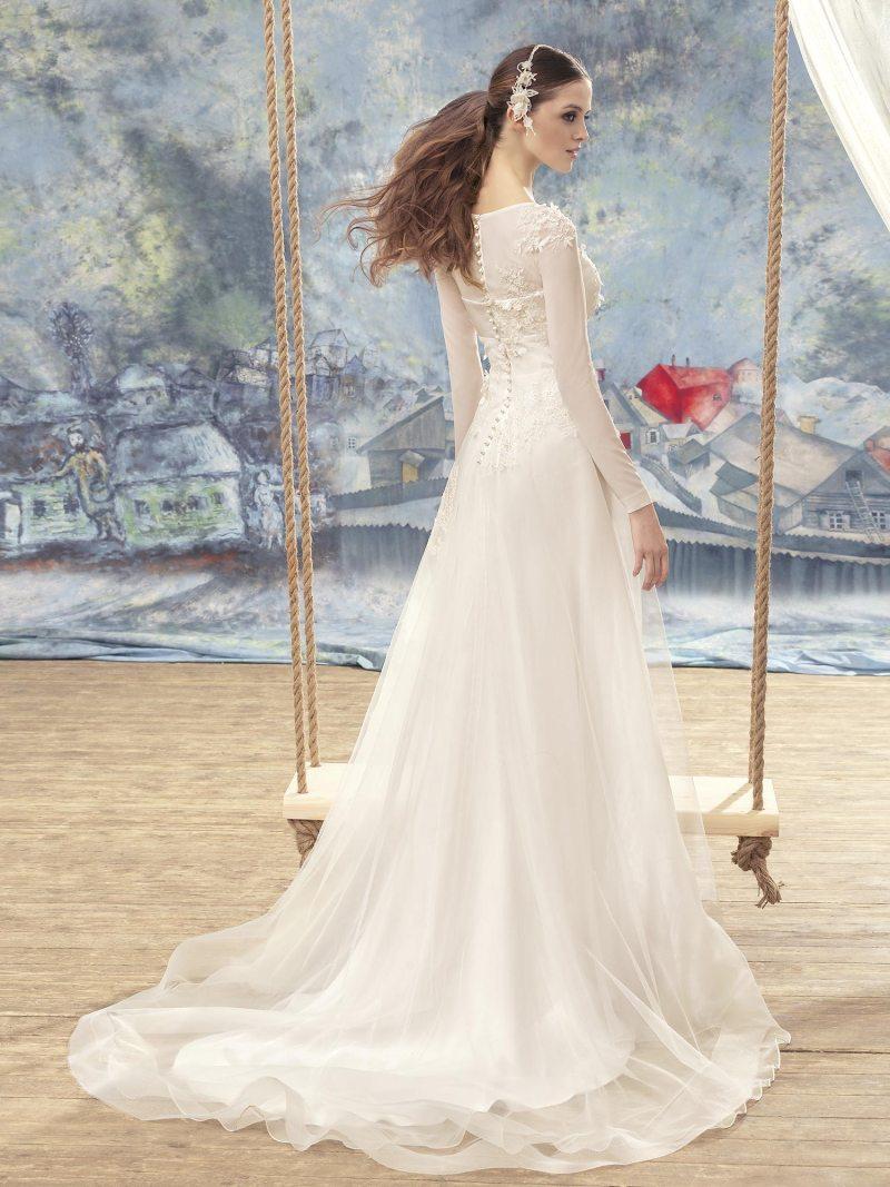 1701L-Wedding-dress-back