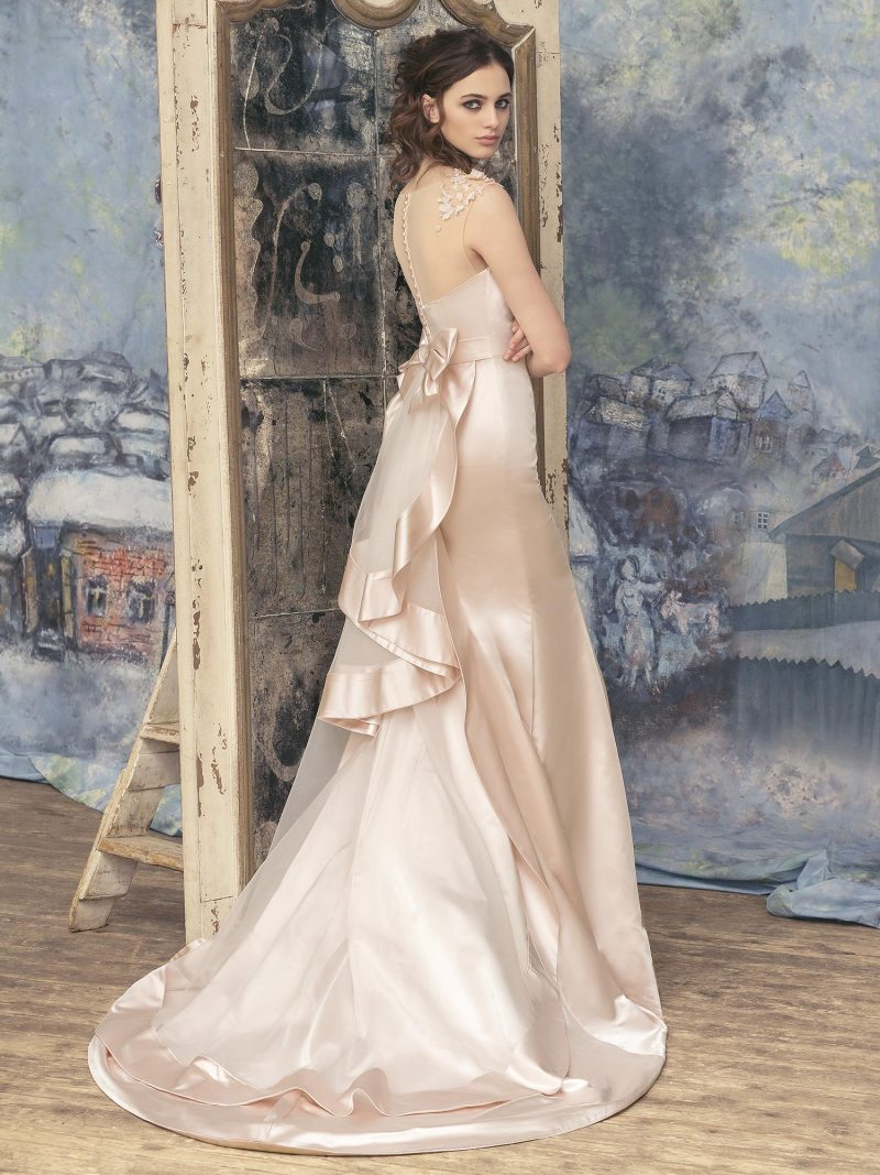 1706L-Wedding-dress-back