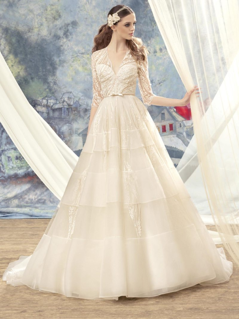 1720-Wedding-dress