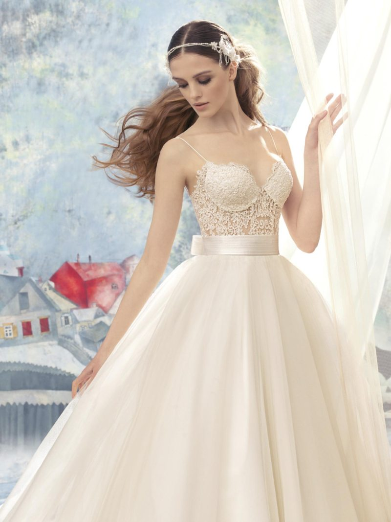 1723-Wedding-dress
