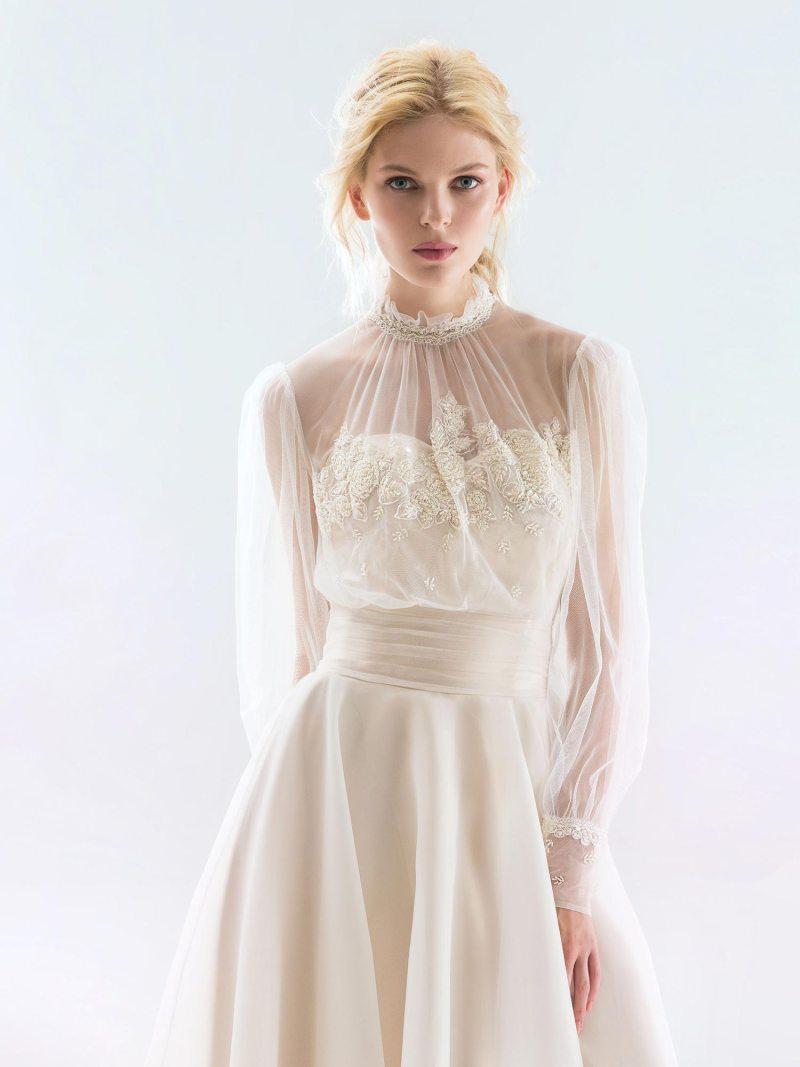 18/1900-wedding-dress