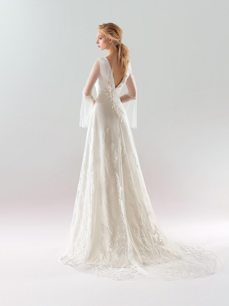 1908L-wedding-dress-back
