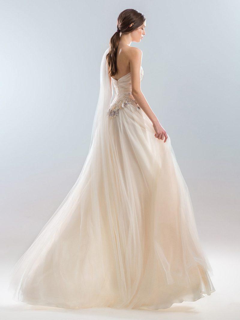 402-wedding-dress-back