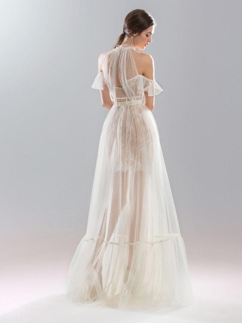 419-wedding-dress-back