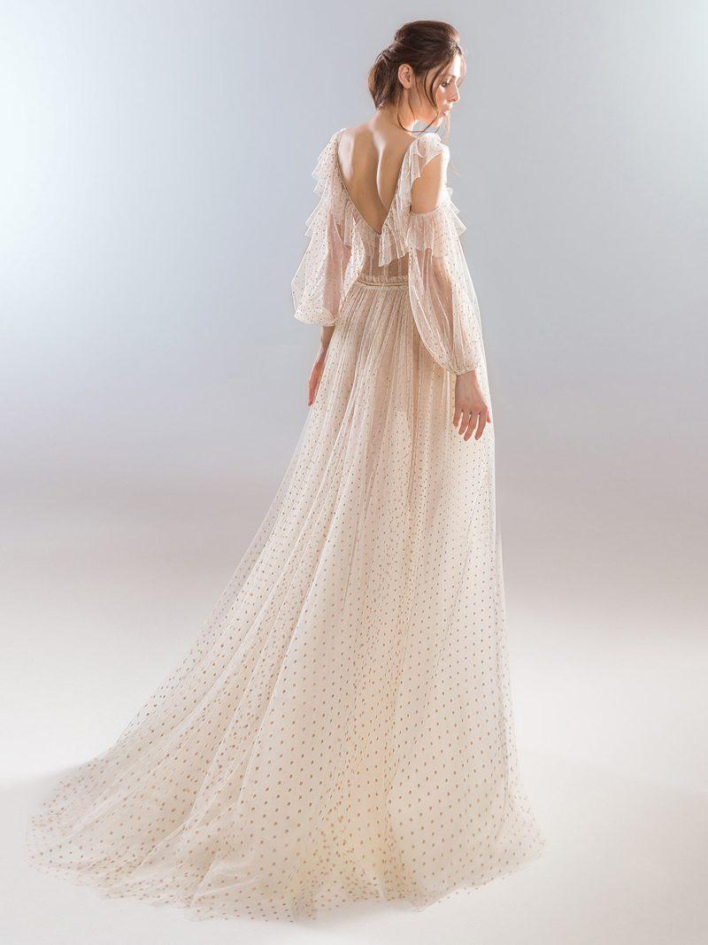 420-wedding-dress-back