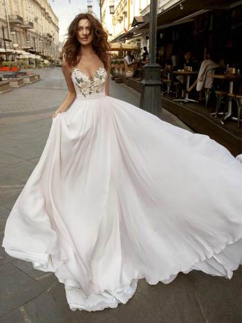 wedding gown with spaghetti straps