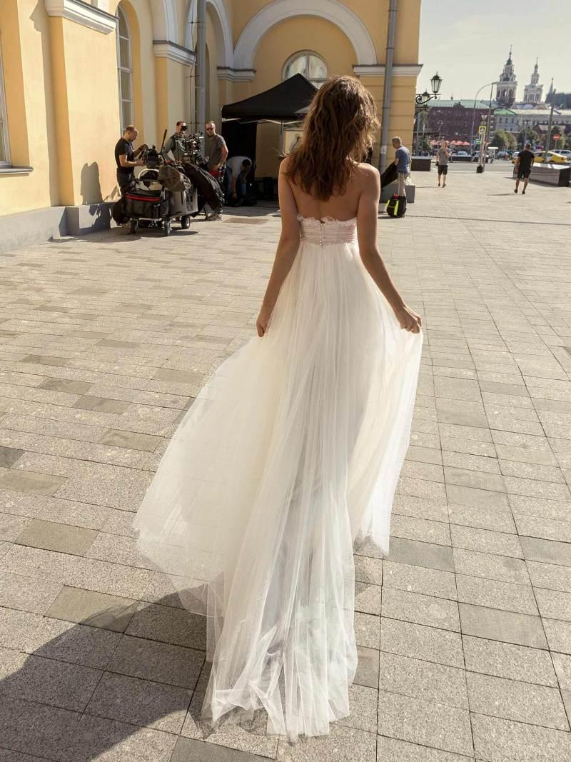 11942-1-wedding-dress-Papilio