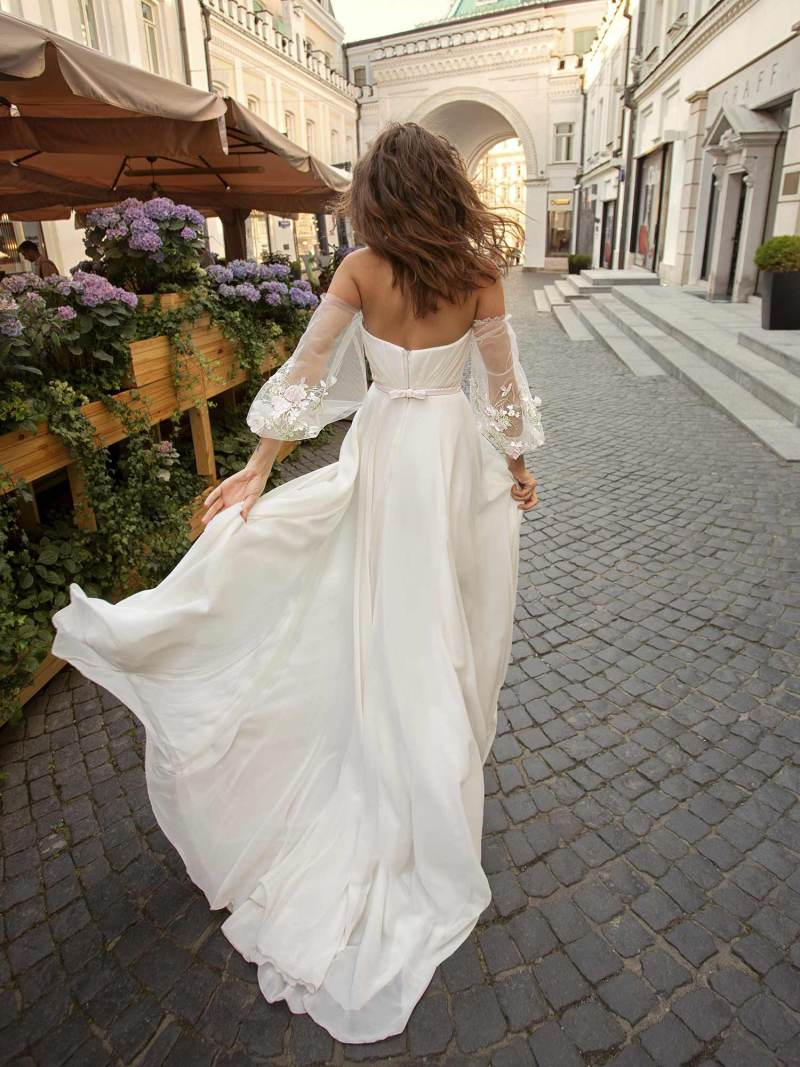 11950-1-wedding-dress-Papilio