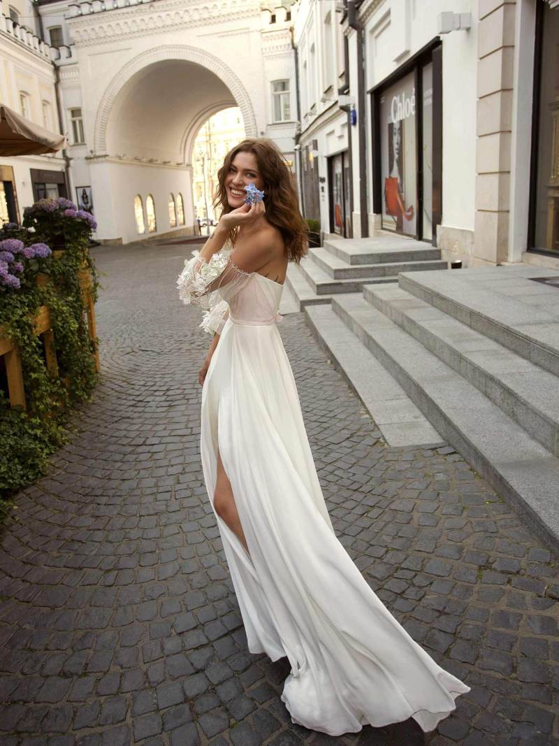 11950-2-wedding-dress-Papilio