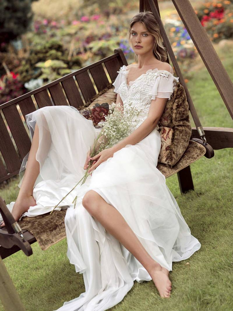 19-2001-1-wedding-dress-Papilio