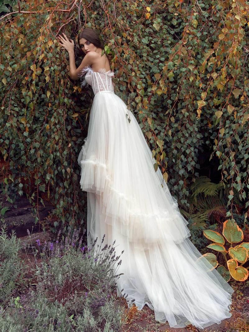 19-2014-wedding-dress-Papilio