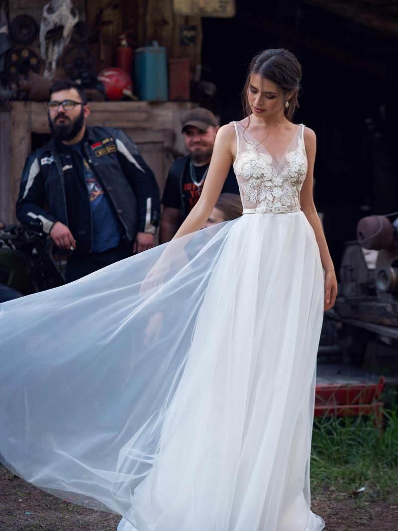 12071-5-wedding-dress