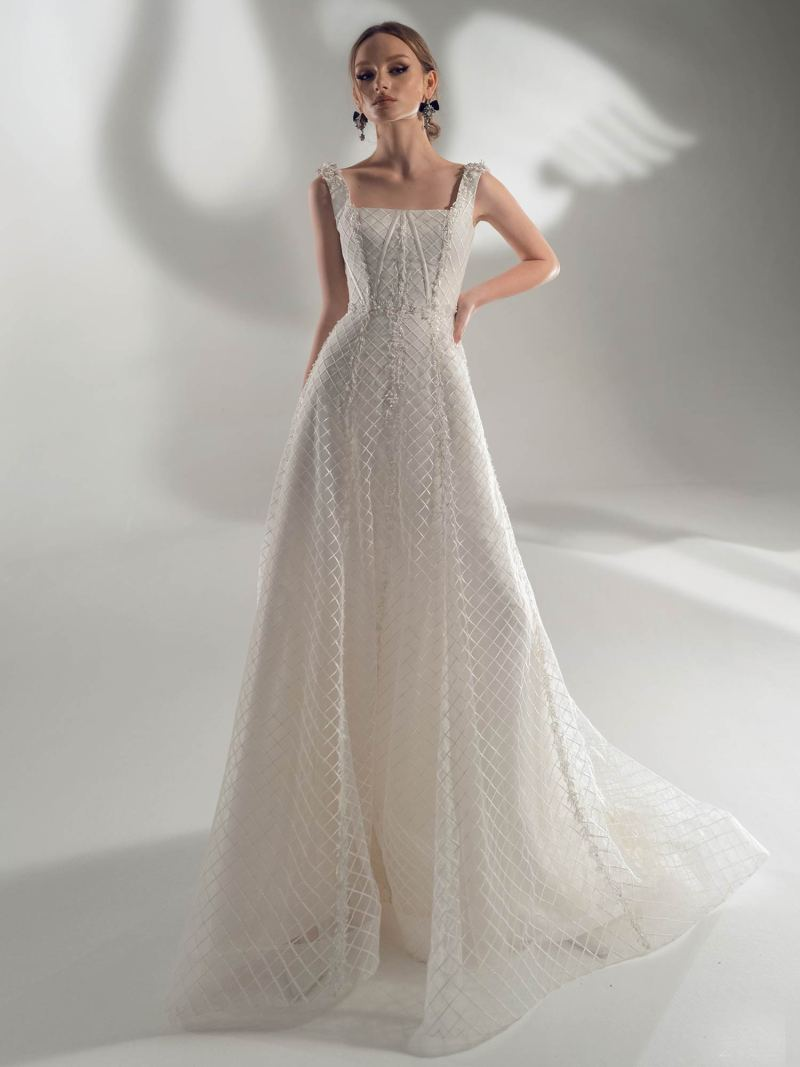 A-line wedding dress with square neckline