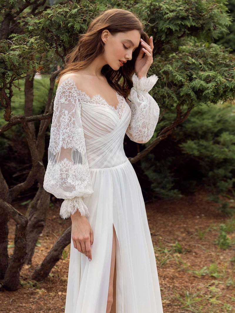 13011-1-unique-wedding-dress-in-Toronto