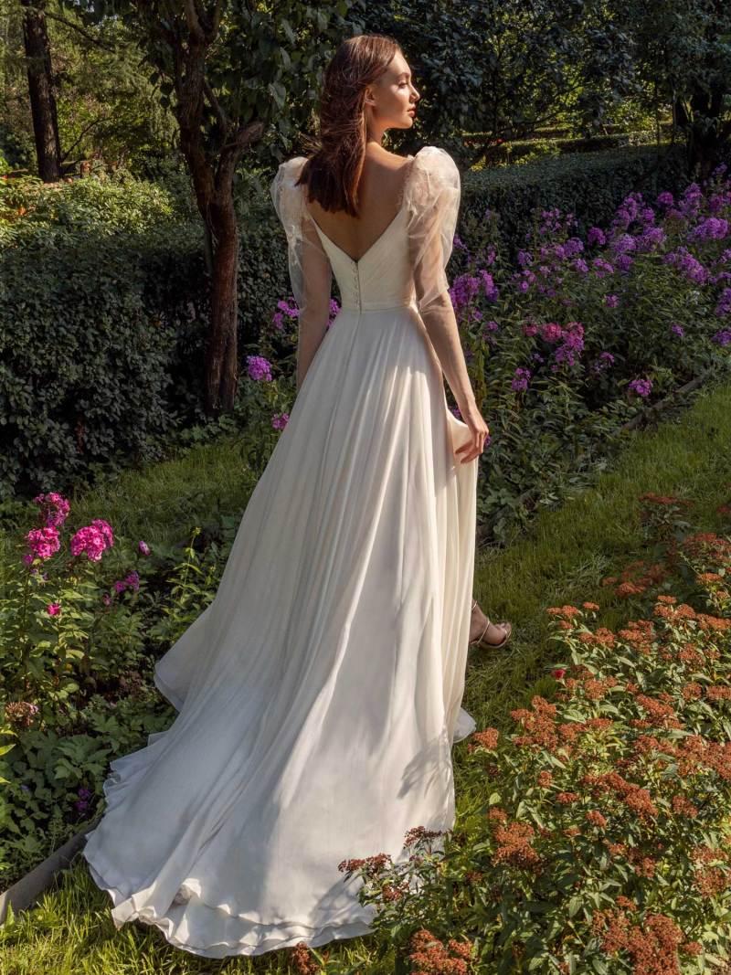 13014-2-unique-wedding-dress-in-Toronto