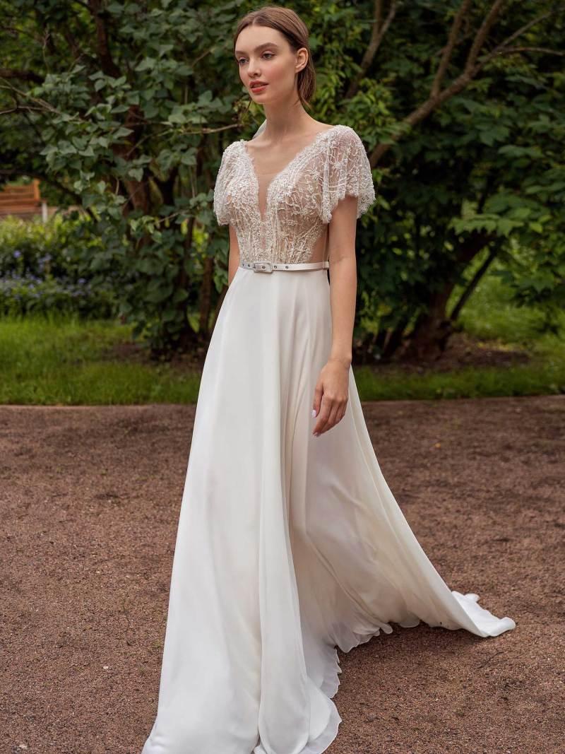 13015-4-unique-wedding-dress-in-Toronto