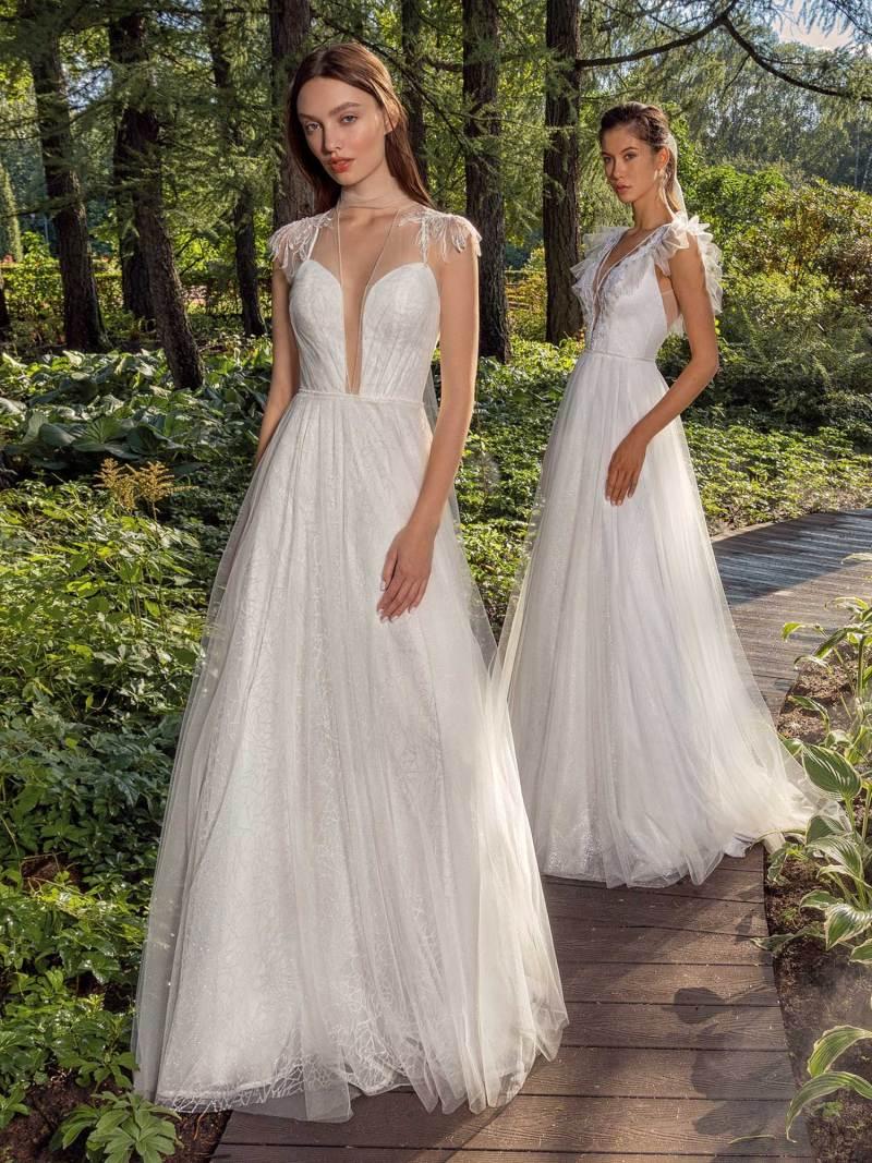 13016-13003-unique-wedding-dress-in-Toronto