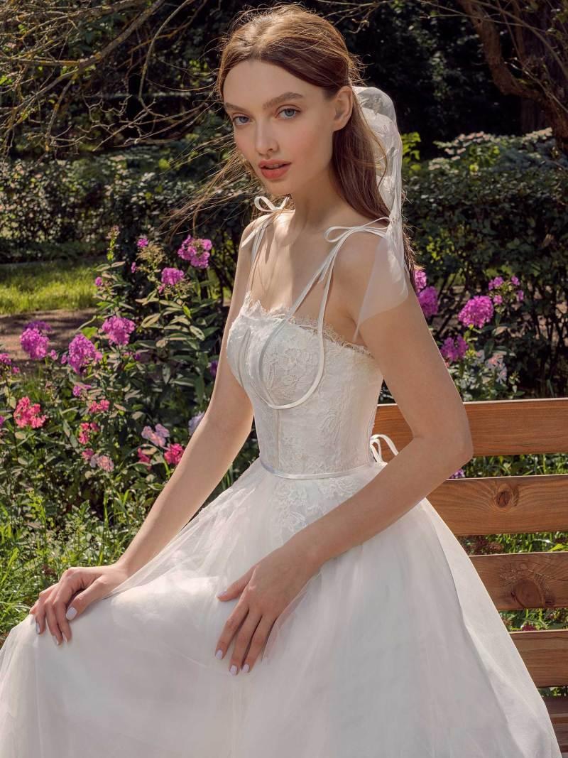 13017-4-unique-wedding-dress-in-Toronto