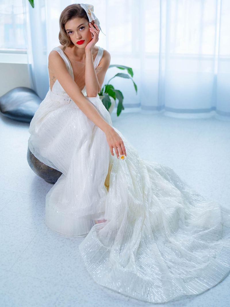2205L_4_wedding_dress