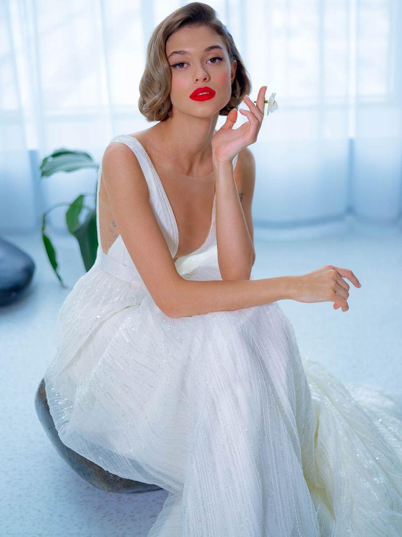2205L_5_wedding_dress