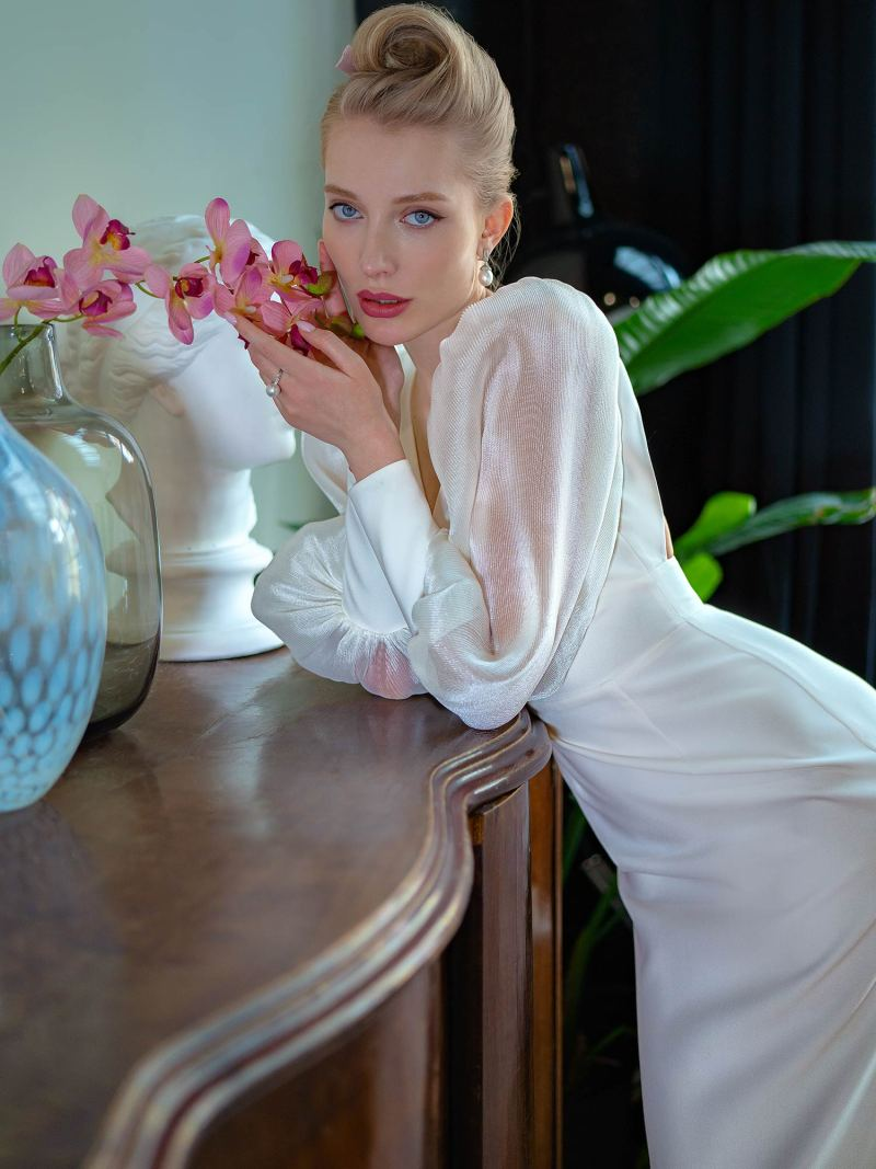 2208L_4_wedding_dress