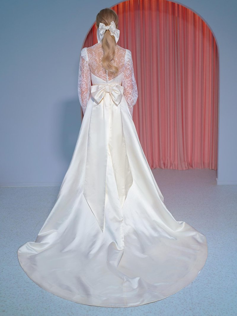 2211L_2_wedding_dress