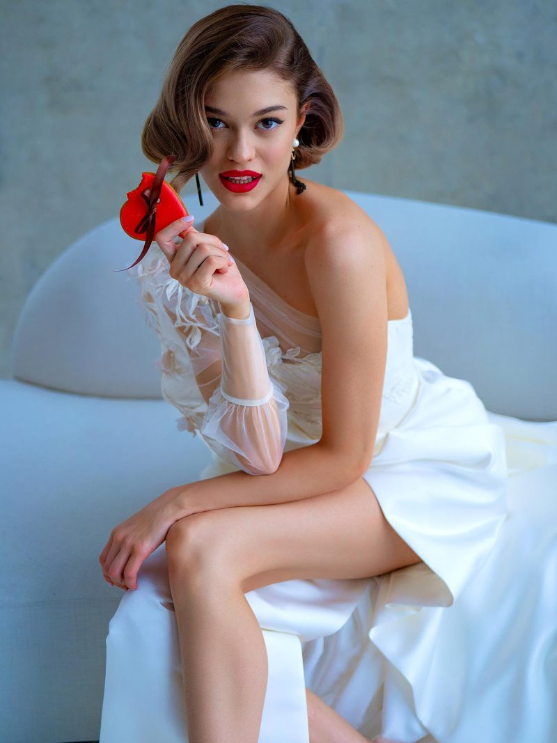 2215L_8_wedding_dress