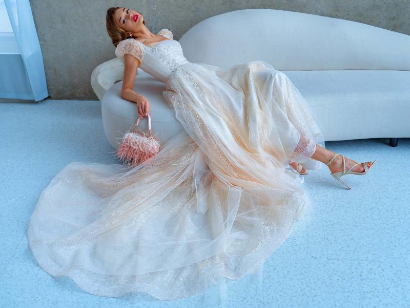 2220L_5_wedding_dress