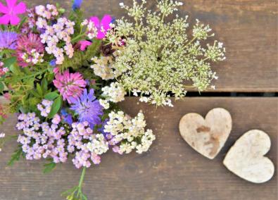 Prairies fleuries bouquet table