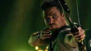 Stephen Amell pode ter série derivada de 'Arrow' na HBO Max ou Netflix