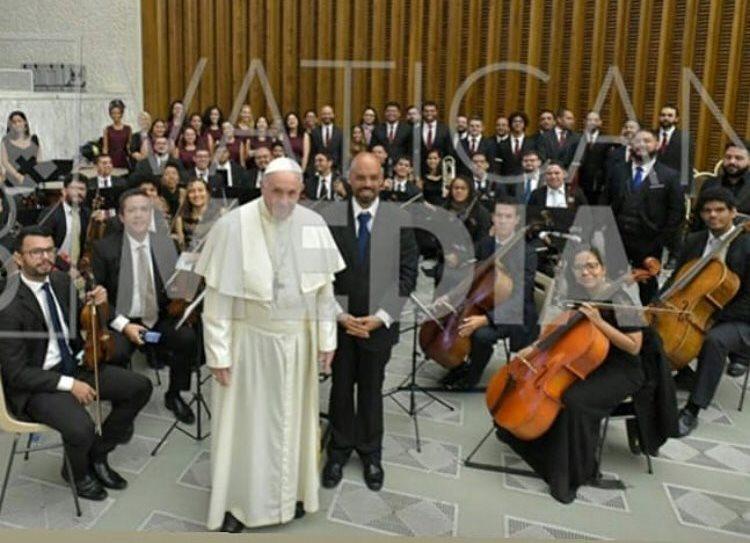 papa francisco e orquestra da ufrn