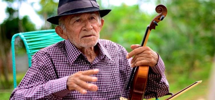 Morre uma das grandes figuras populares do RN: o poeta Xexéu