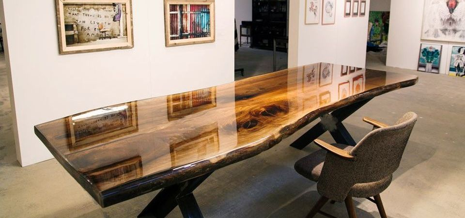 Amazing Resin Wood Table