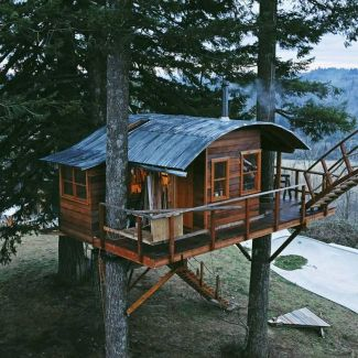 Awesome Treehouse Masters Design Ideas 82