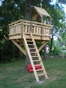 Simple Diy Treehouse For Kids Play 10