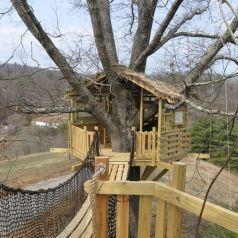 Simple Diy Treehouse For Kids Play 13