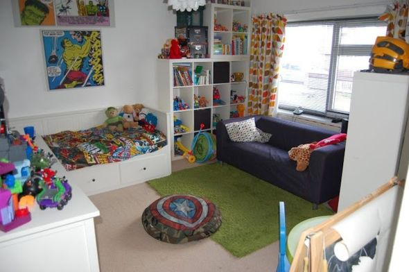 Awesome Superhero Themed Room Design Ideas 31
