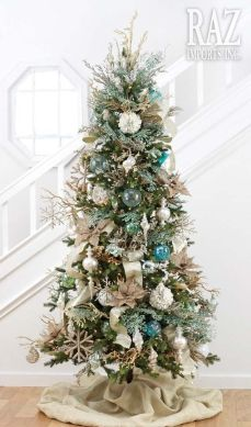 Gorgeous Chirstmas Tree Decorations Ideas 2019 28