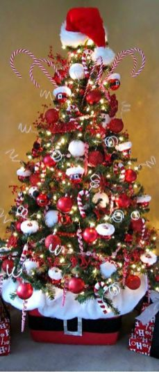 Gorgeous Chirstmas Tree Decorations Ideas 2019 31