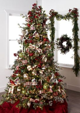 Gorgeous Chirstmas Tree Decorations Ideas 2019 47