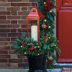 Amazing Christmas Porch Ornament And Decorations 62
