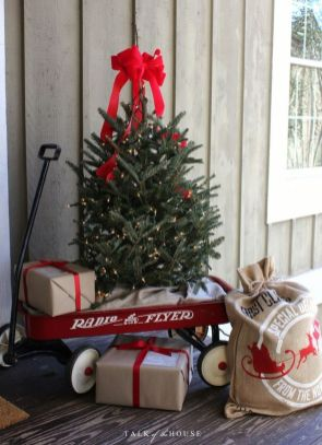 Amazing Christmas Porch Ornament And Decorations 8