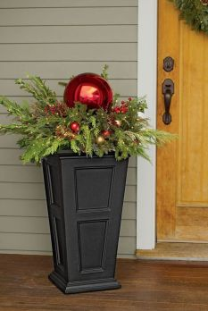 Amazing Christmas Porch Ornament And Decorations 98