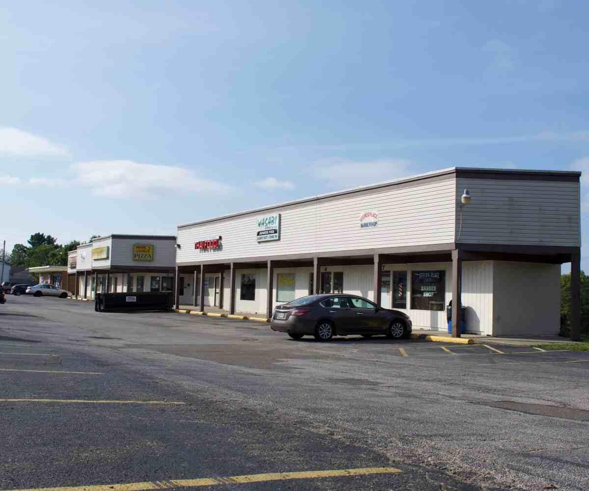 Strip Center in Barberton, Ohio