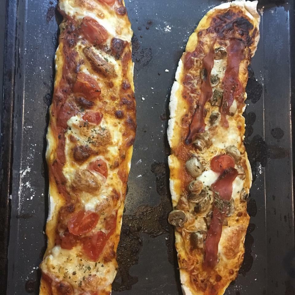 glutenfri pizza med sprø bunn fra pappautengluten.no