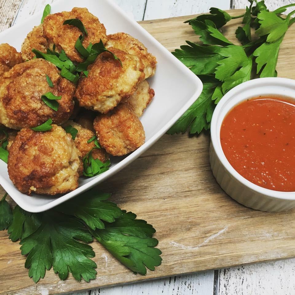 kjøttboller av kylling. glutenfrie