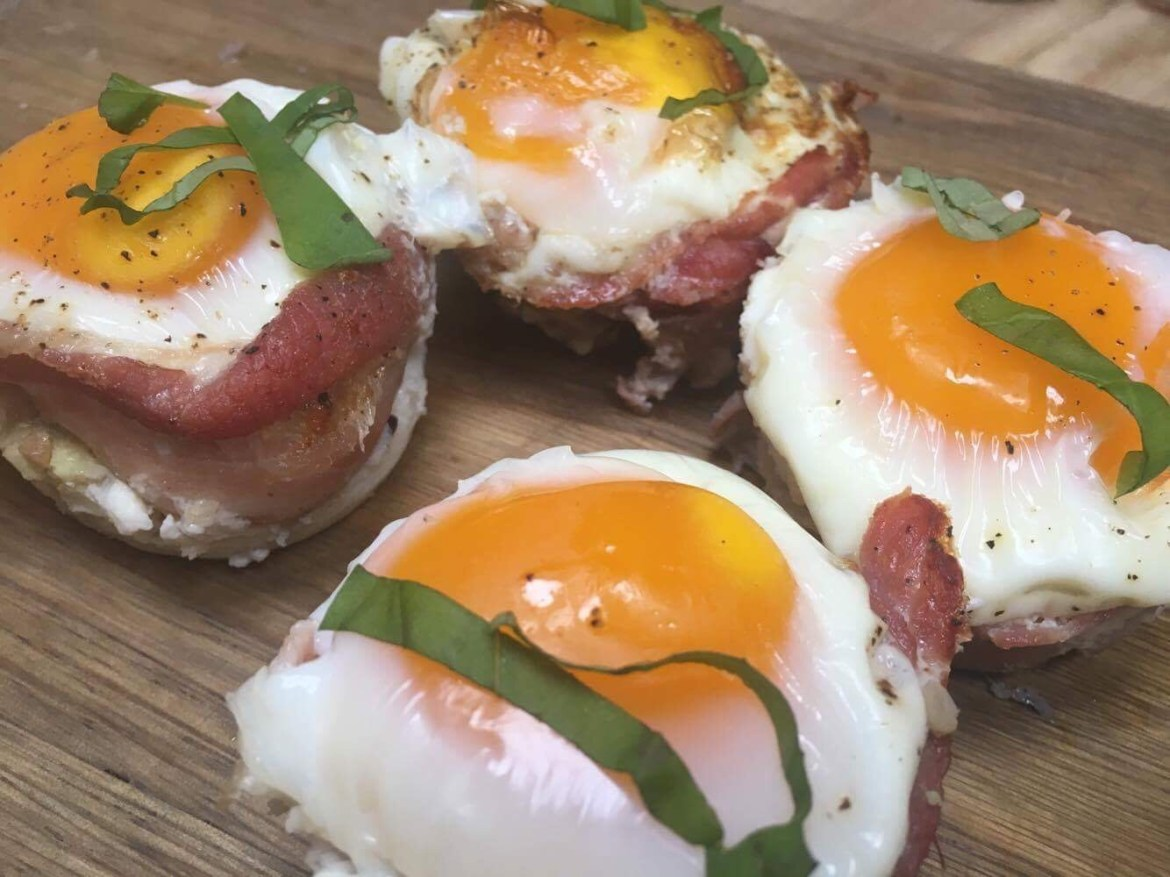 egg- og bacon muffins