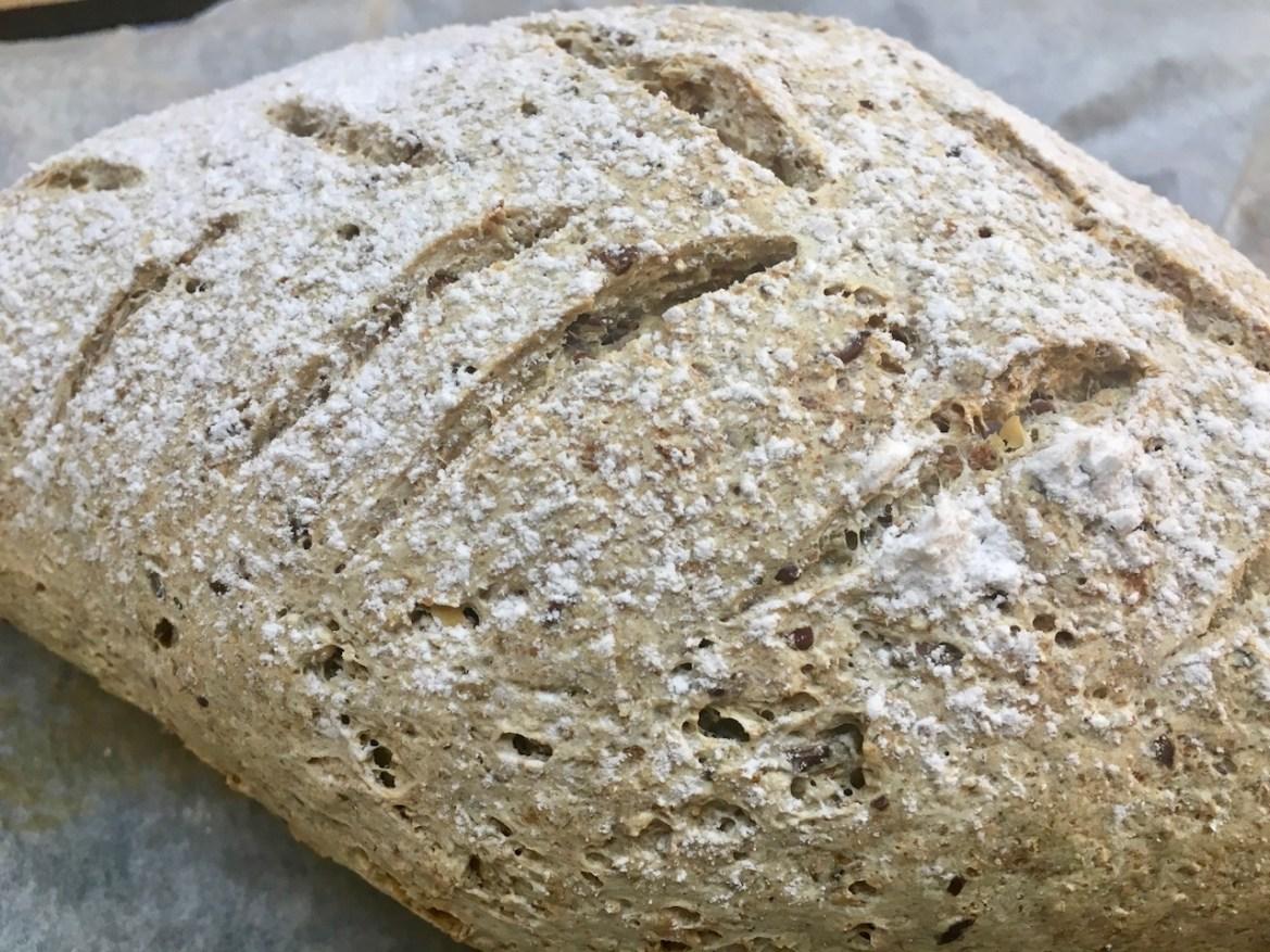 glutenfritt grovbrød med frø og kjerner